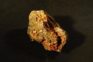 Wulfenite, from Tian Shani, Xin Jiang Province, China (No.815)