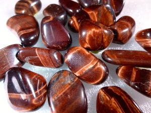 Tiger Eye - Red - (Grade A) Tumbled Stone