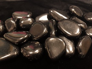 Shungite - 2 to 3cm Tumbled Stone - Weight  up to 6g to 9g