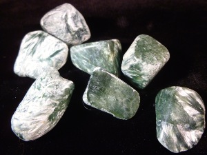 Seraphinite - 1.5cm,  5g to 6g Tumbled Stone - Russia (Selected)