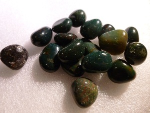 Bloodstone - Tumbled Stone - 0.5 to 1 cm
