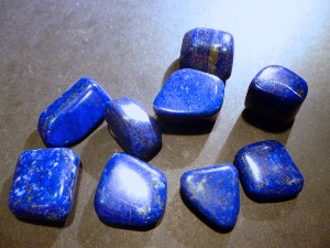 Lapis Lazuli - Afghanistan - 1  to 2 cm 'AA' - Tumbled Stone
