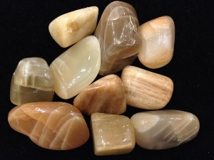 Moonstone - Peach / Beige - Tumbled Stone