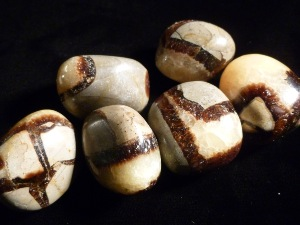 Septarian - Natural Concrete & Calcite Tumble Stone