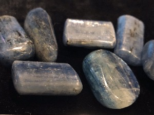 Kyanite - Blue - 1.5 to 2cm  (Wand) Tumbled Stone