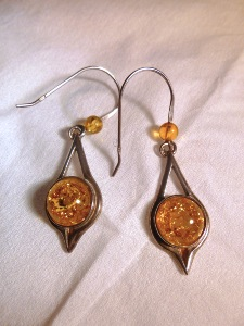Honey Amber - Sterling Silver Hook Earrings (No.24)