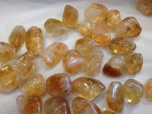 Citrine - Sunshine - 2.5 to 3 cm Tumbled Stone