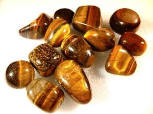 Tiger Eye - Hawks Eye - Golden Tumbled Stone