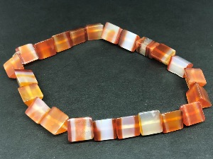 Carnelian - Wedge shape Beads Elasticated Bracelet