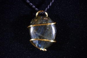 Labradorite Hand Wired Pendant (No.18)