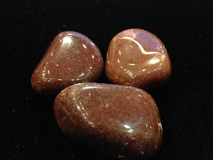 Quartz - Red - Tumbled Stone