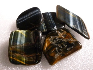 Tiger Eye - Blue - Tumble Stone