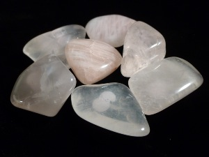 Rose Quartz - Brazil - 3 to 4 cm Tumble Stone