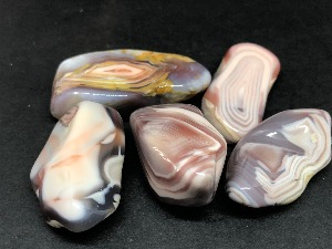 Agate - Pink - 'A' Grade Tumbled Stone.